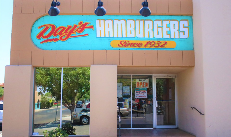 DAY'S HAMBURGERS